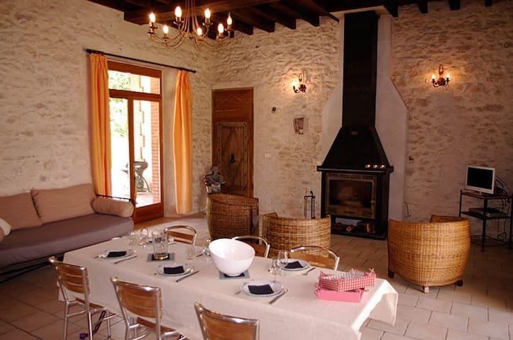Gîte solognot rénové - Chaumont sur Tharonne - Dom
