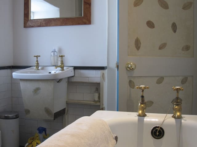 A newly refurbished victorian bathroom with original cottage taps