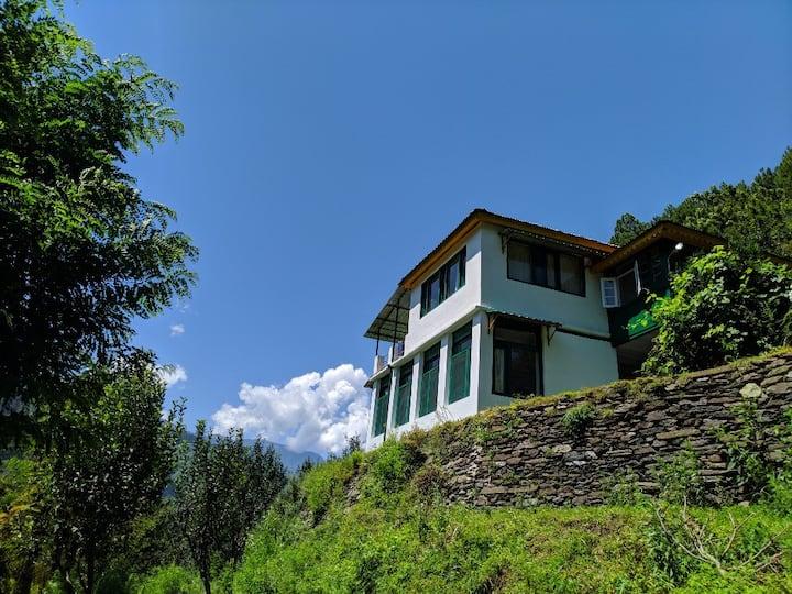 Gaddi Trails Eco Lodge (Entire House)