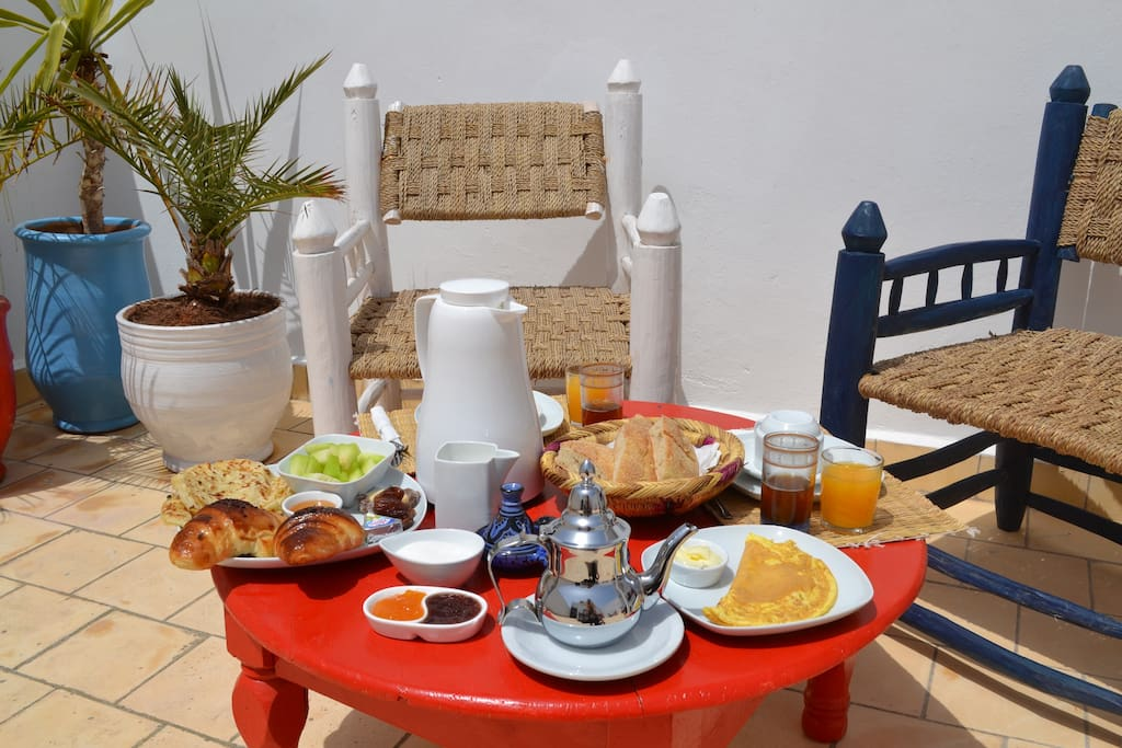 We believe that breakfast is the most important meal of the day!