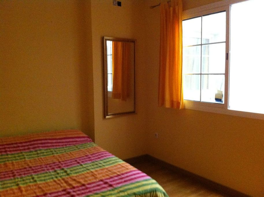 C moda habitaci n case in affitto a malaga andalusia - Comoda habitacion ...