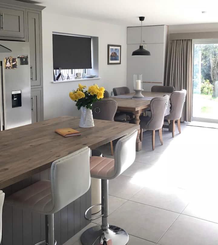 Modern home in Upper Tadmarton near Banbury