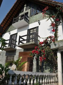 Chalet Guesthouse hostel/Bahia - Lauro de Freitas