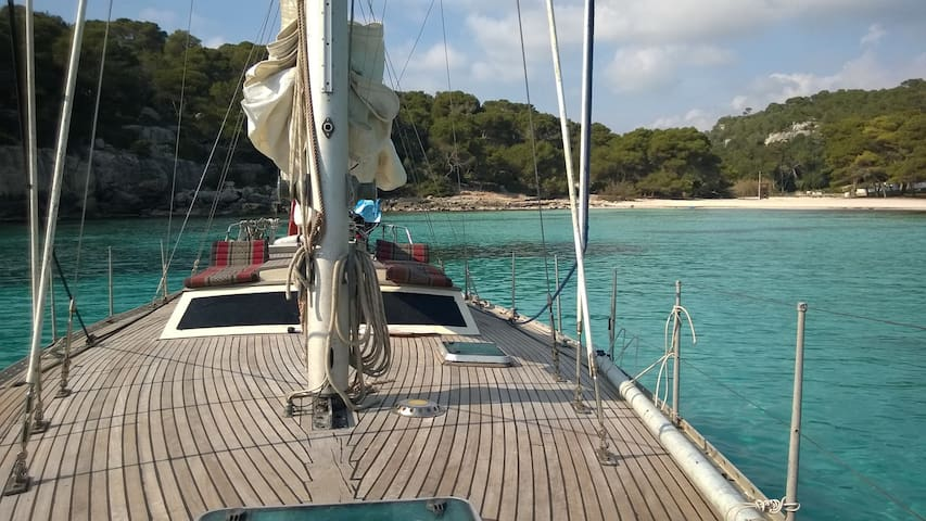 SLEEPING ON A SAILBOAT IN FORMENTER - FORMENTERA - Boot