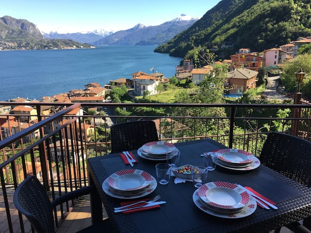 Close to Bellagio The Best view apartment !