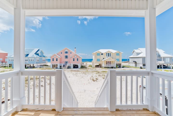 NEW-Luxe Almost Gulf Front 5BR Houz, Pool, Pets OK