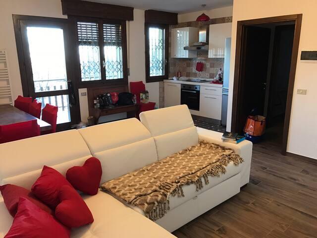 Appartamento in centro a Sestola con terrazzo
