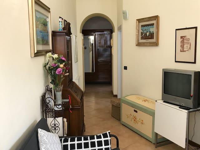 GRAZIOSO APPARTAMENTO AL CENTRO
