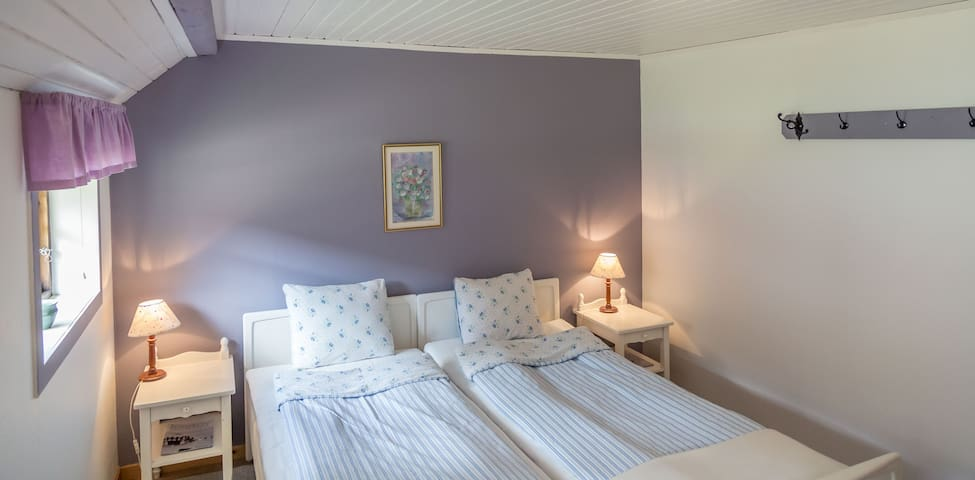 3 charming rooms in Torekov Guest House