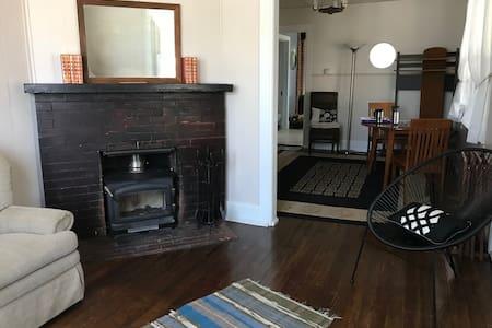 The Cozy Cokedale Cottage
