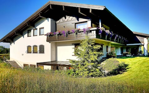 Wohnung Maximilian | Bachblick Übersee