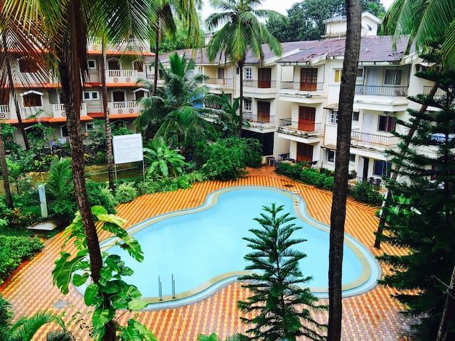 Casa Via - Pool Facing Apartment - Calangute
