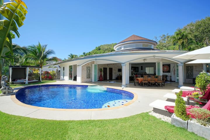 Luxurious, quiet, private Pool-Villa Eden, 7/7 housekeeper, 24/7 Butler