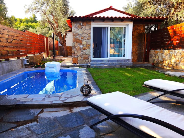 Two Bedroom Residence with Private Pool PEARL
