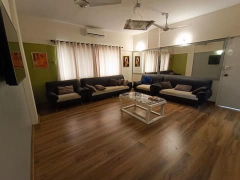 Designer 3bed apartment in heart of Dha