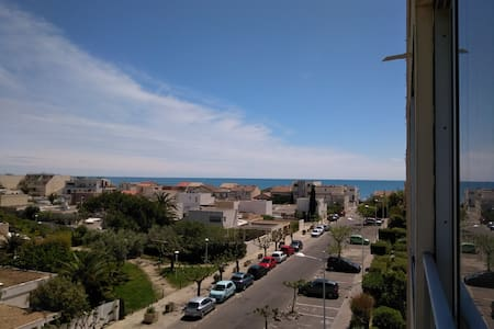 Appartment 30m2 Carnon-Plage 100 m from the sea