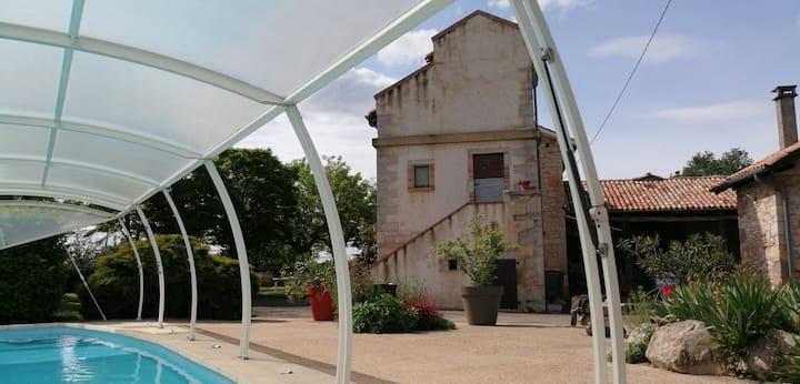 Gîte atypique aux portes des Gorges de l'Aveyron