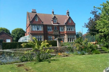 Red House - Robin Hoods Bay - North Yorkshire