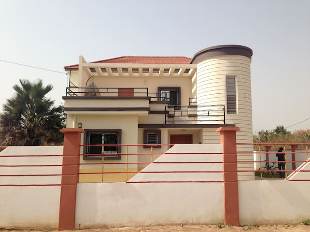 Charming New Build Villa Sanyang - Sanyang - Villa