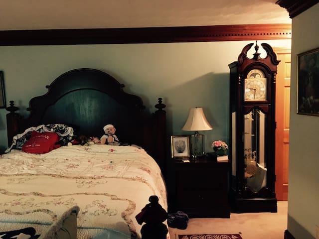 Elegant Master 3 Room Suite Lakeview - หาดเวอร์จิเนีย