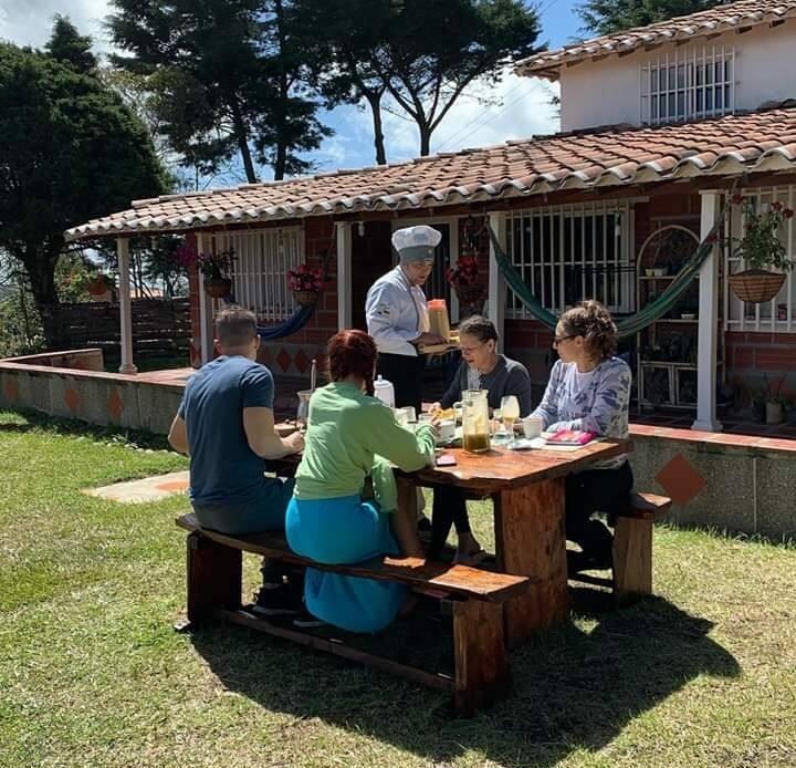Madre Cocoon - Preciosa casita en Santa Elena