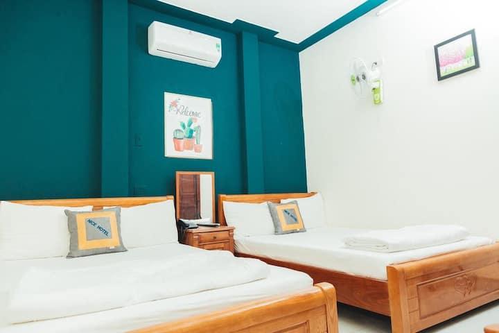 Khách sạn liền kề bãi biển Quy Nhơn