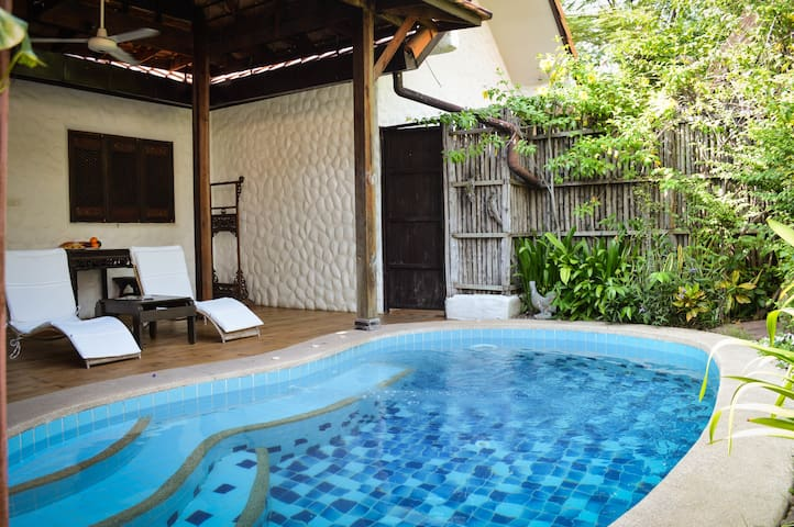One Bed Pool Villa-2 min to beach BTC Resort 1-B2