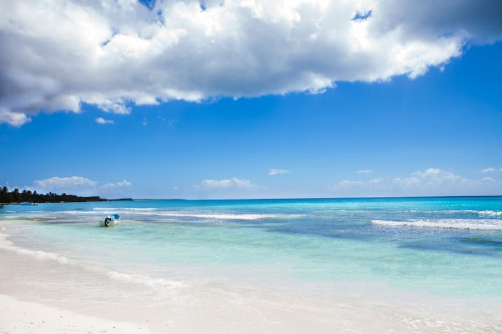 Come and sunbathe on the clean sandy beach. Swim in the warm crystal clear ocean.