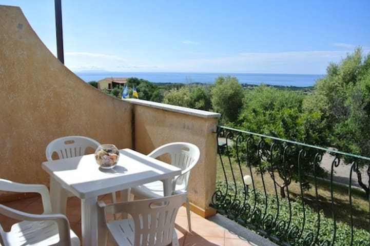 WONDERFUL sea view! Badesi - North Sardinia - Badesi - Apartamento