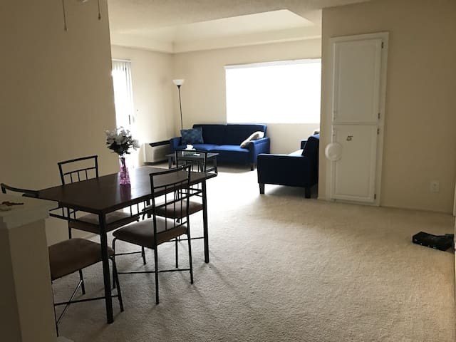 Apartment/1 bed/1 bathroom/1 kitchen/TV/WIFI - Fremont - Apartament