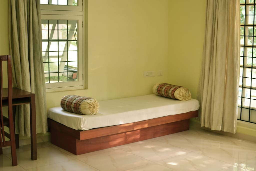sitting area cum single bed