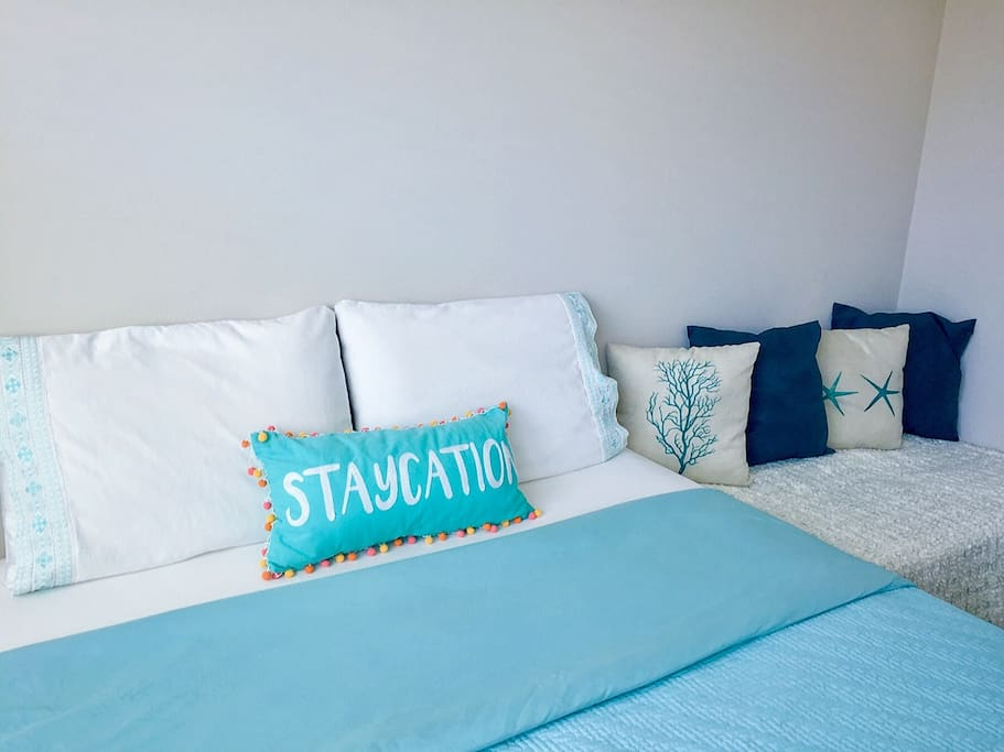 Better sleep leads to bigger dreams. Enjoy the clean and comfy bed