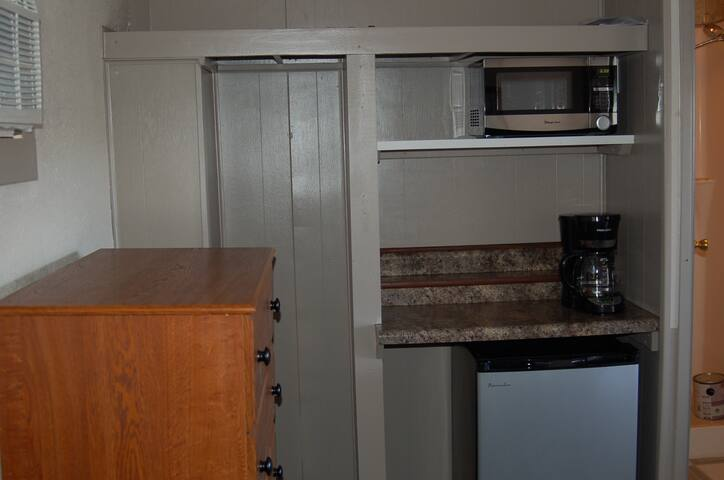 Bowbells Bunkhouse Room 2 - Bowbells - Apartment