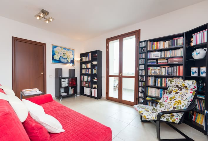 Fabulous, convenient, affordable - Sesto Fiorentino - Appartement