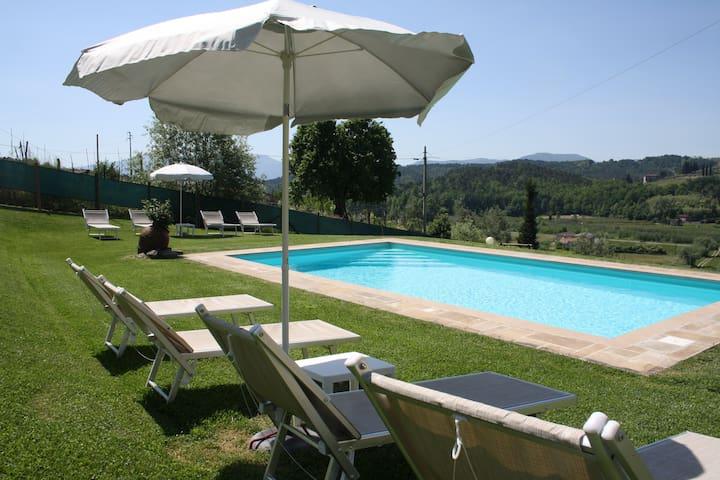 Lucca Casa in campagna adatta a famiglie - Lucca
