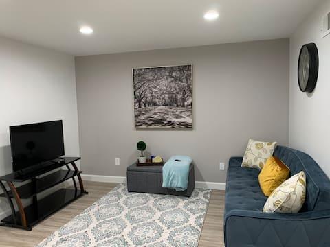 New basement apt close to Infinite Energy Center!!