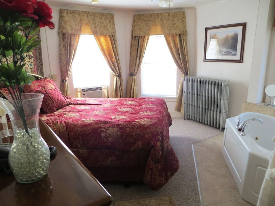 Nice bright room with in-room whirlpool for two