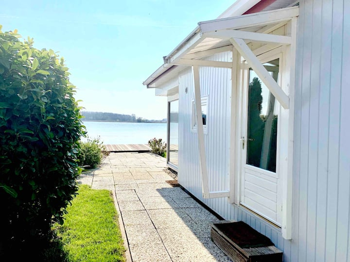 Ijsselmeer- Ferienhaus am See