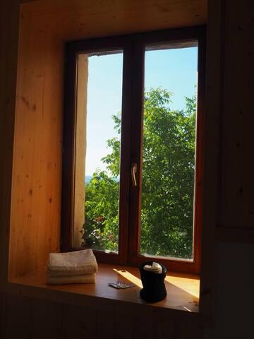Chambre cosy entre lacs et montagnes