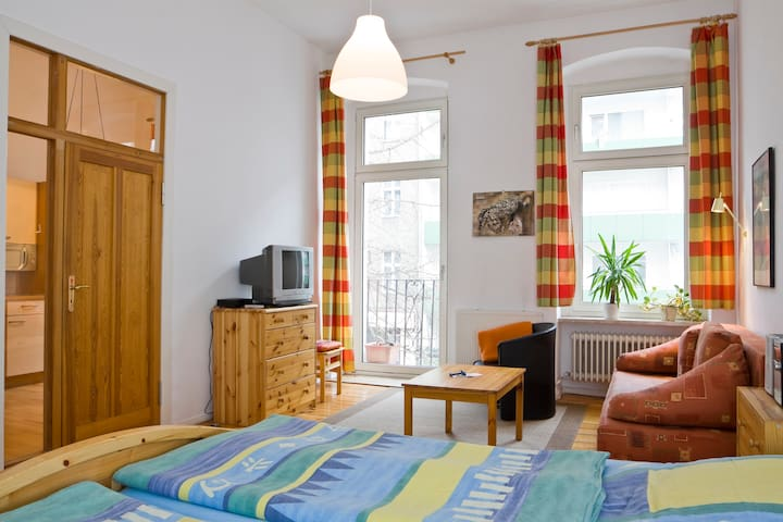 Centrally located in Berlin-Mitte I