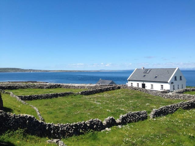 Amazing Views of Galway Bay - Inis Oirr, Galway