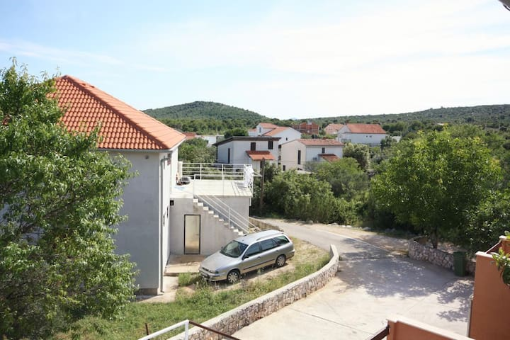 One bedroom apartment with terrace Jezera, Murter (A-5108-a)