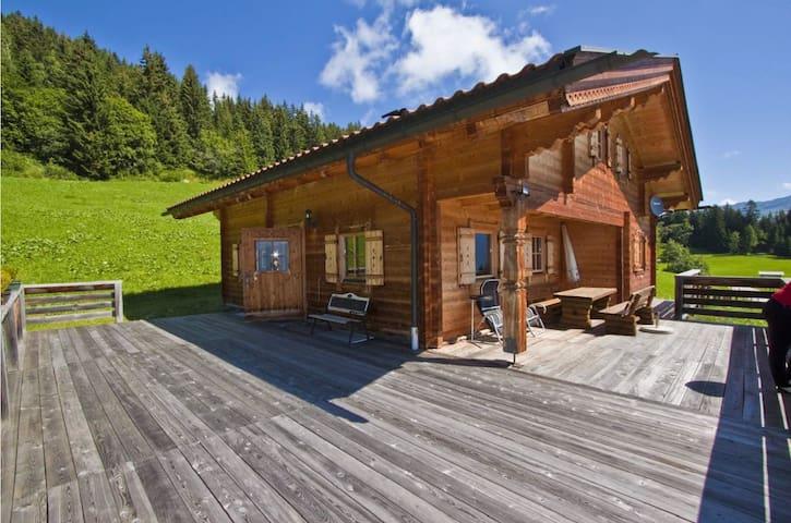 Wunderschöne Almhütte im Zillertal mit Traumblick - Zellberg - Chalet