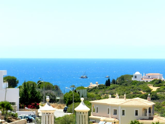 Algarve's Holiday Home with Sea View - Ferragudo - Hus
