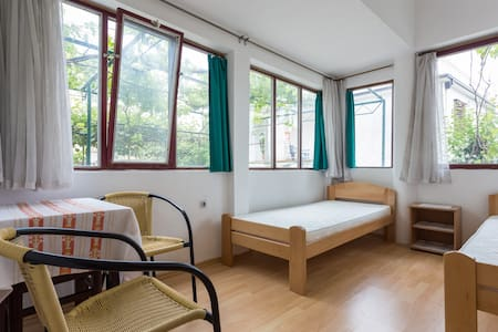 Zemunella R1: Hostel type room 2bed - Herceg - Novi - Dom