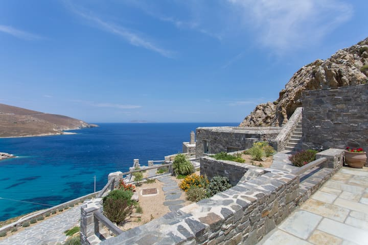 ASPES VILLAS by Psili Ammos Beach.4 amazing views - Serifos - Rumah