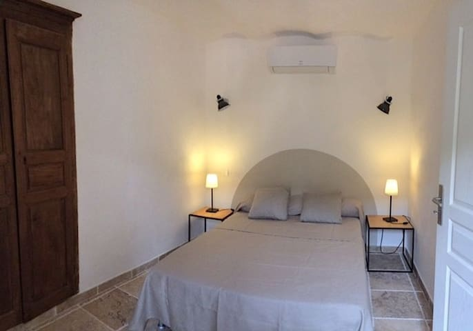 One bedroom apartment in Corsica