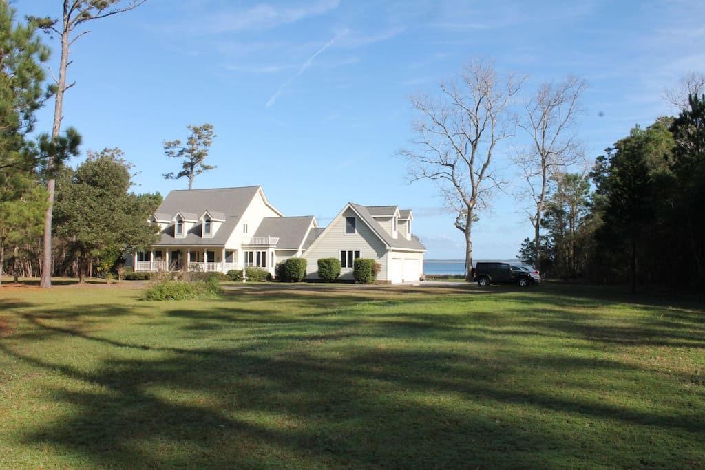 The private apartment is part of a single family waterfront home on 10 acres