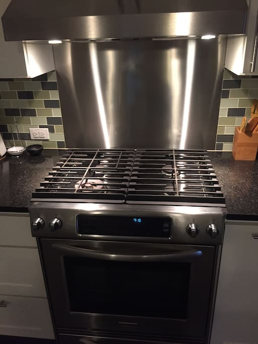 Everything you could want in a stove and convection oven