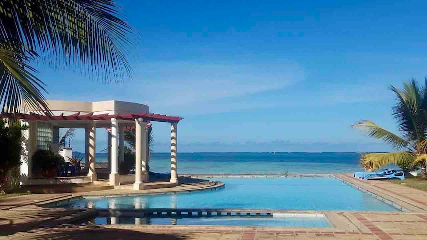 STUNNING Beach Apartment, Mombasa